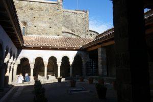 Mutuam Activa visita Sant Pere de casserres i el Museu verdaguer