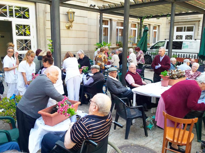 Festa de la Primavera a la Residència Mutuam la Creueta