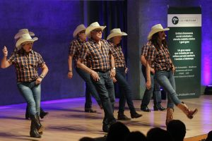 Final Dancing Country