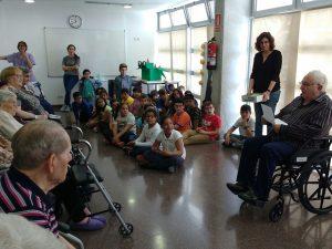 A la Residència Molí-Via Favència van optar per una celebració intergeneracional