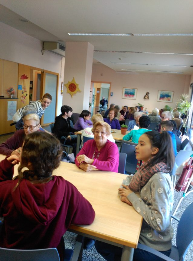 Visita d'estudiants a la Residència Rubí