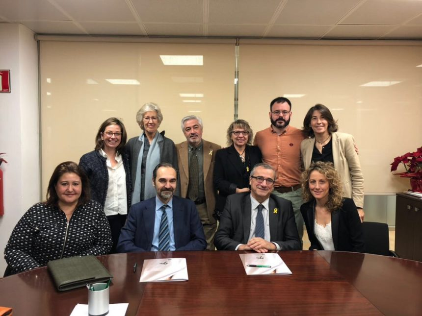 Signatura del conveni entre Grup Mutuam i Paliaclínic